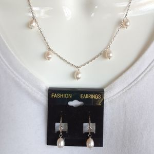 Slerling silver and freshwater pearl necklace set